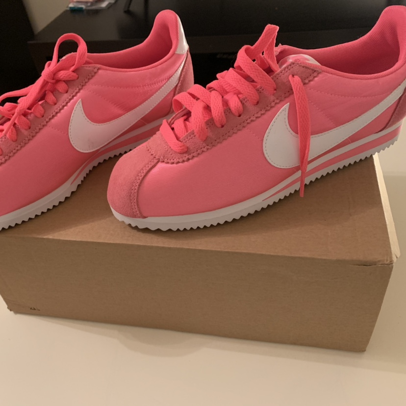 new styles f262d 42dae Nike Cortez trainers in Pink New Nike Pink with... - Depop