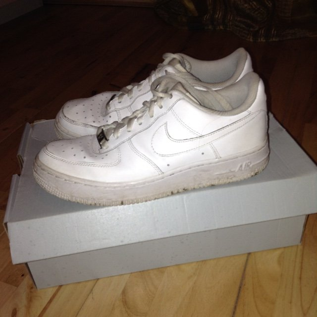 9cdeeb7a5973d @kristinamarku. 5 years ago. Poole, United Kingdom. Nike air forces in white  condition is good just dirty underneath brought for 70 ...
