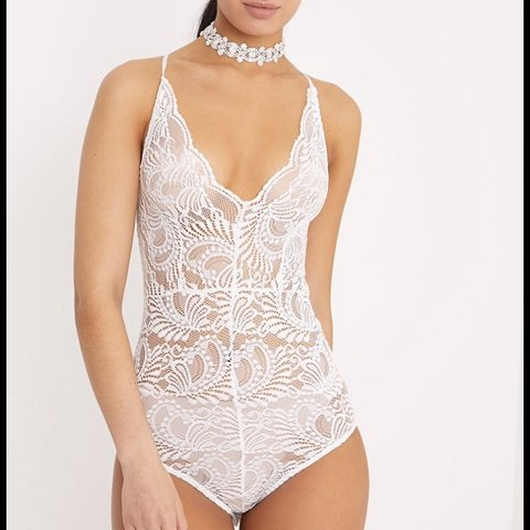 2d1d93eb043 9 including postage. Pretty little thing white sheer lace - Depop