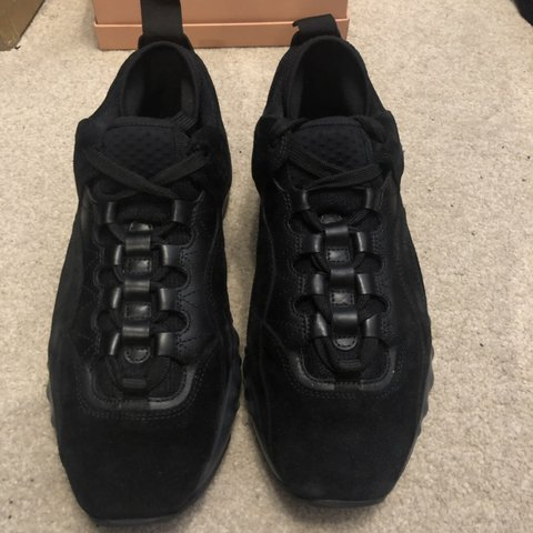 edafd468007e Acne Studios Manhattan black suede Sneakers in EU 40 Used - Depop