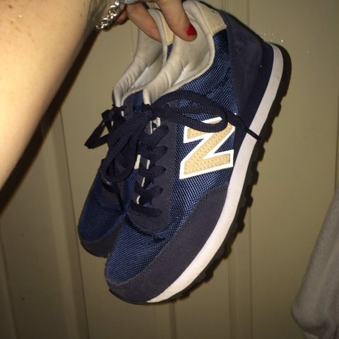 92037ded5cebe @abmay. 4 years ago. Rhyl, United Kingdom. New Balance womens navy blue and  cream trainers. Size 5.