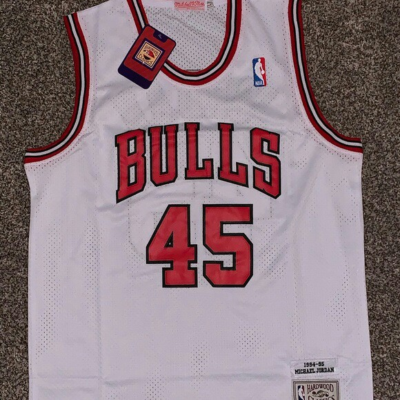competitive price 2bd31 1f31b Michael Jordan Chicago Bulls Jersey #45 - Depop