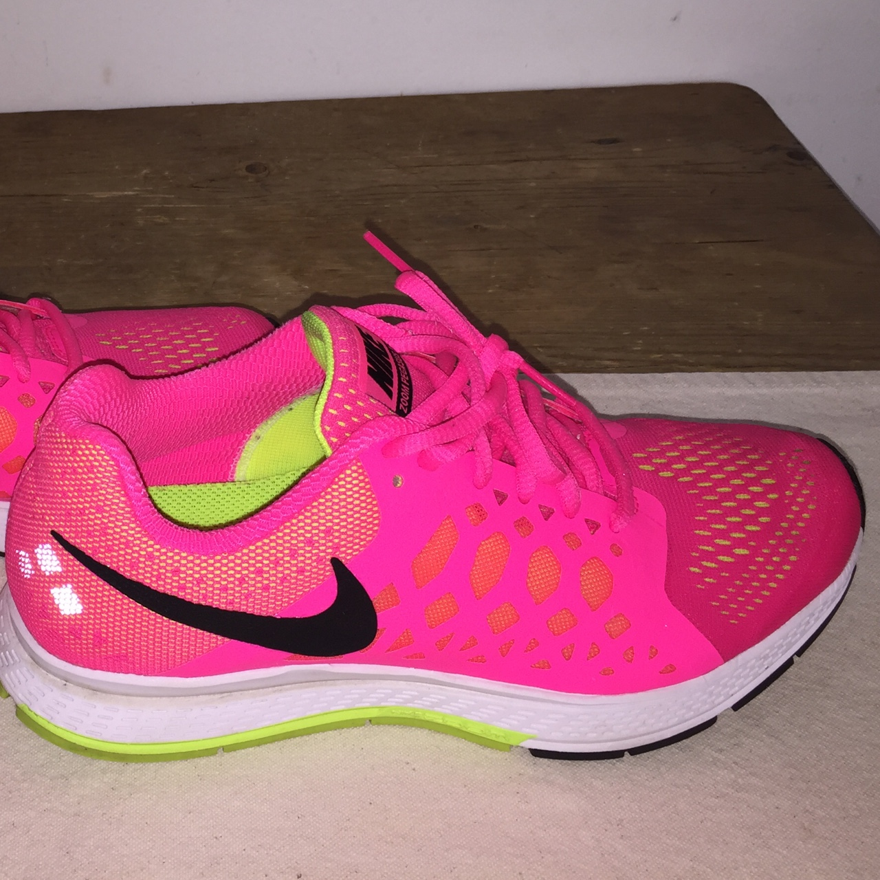 speical offer 50% off where can i buy Women's Hot Pink Nikes - Great Condition - Worn Once ...