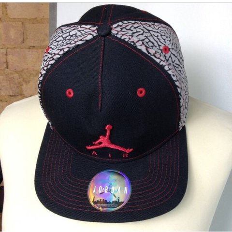 ca0193df6642 NIKE AIR JORDAN JUMPMAN SNAPBACK BASEBALL CAP SIZE - ADULTS - Depop