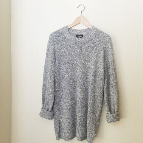 b7821f3c09 forever 21 men s grey speckled sweater. has small side slits - Depop