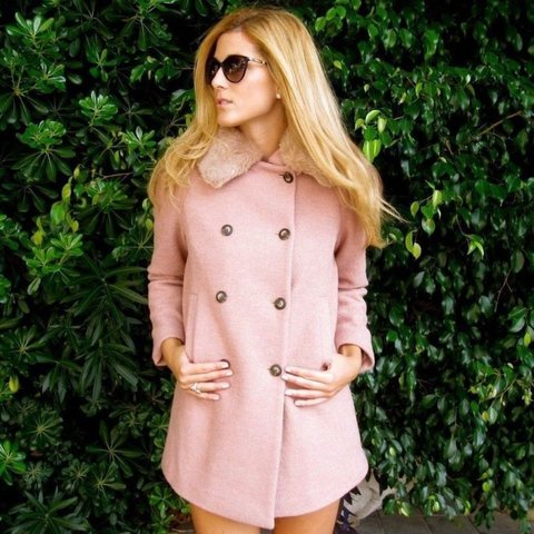 e47408fe6e6 ZARA pink woollen coat with fur collar size XS new condition - Depop