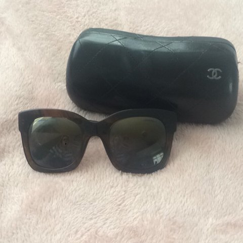 1739fe58bf7 AUTHENTIC Chanel sunglasses. Bought from Brown Thomas
