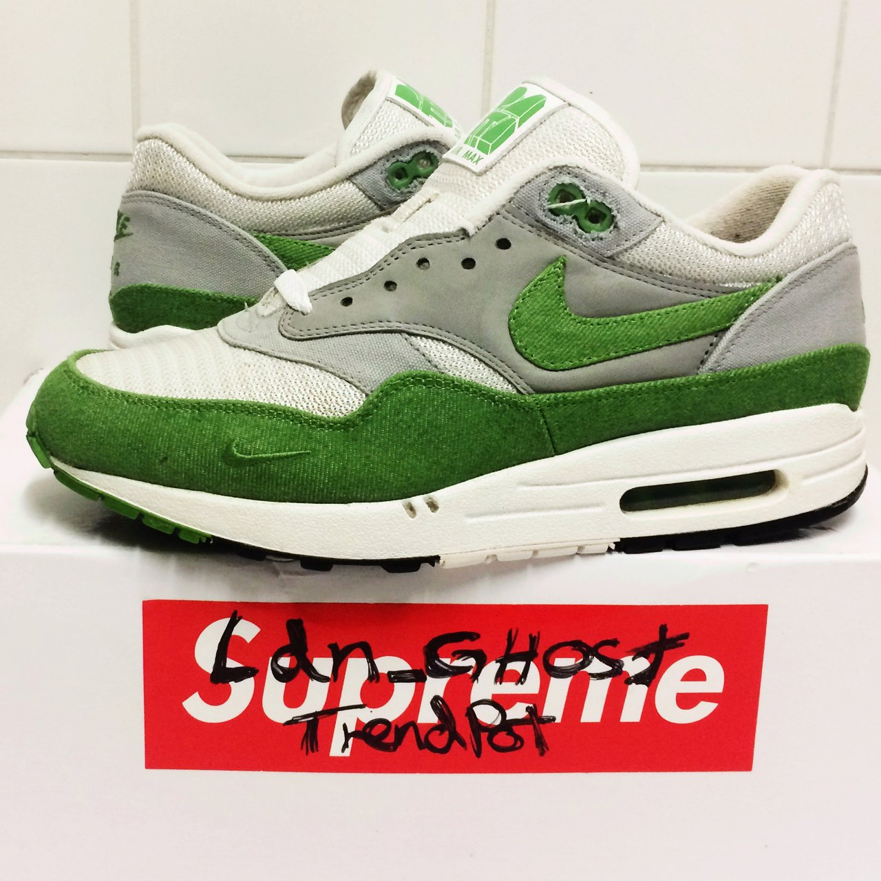 buy popular d1084 15a34  ldn ghost. 2 years ago. London, UK. Nike Air Max 1 X Patta