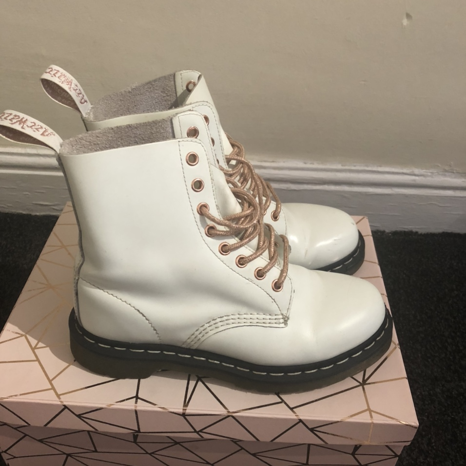 Rare Dr Martens white and rose gold
