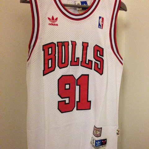 3aba6c340 NBA Retro RODMAN 91 jersey - Chicago Bulls - genuine with - - Depop