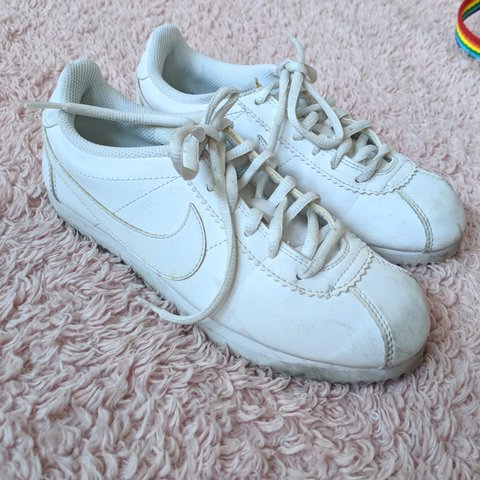 best website 62586 23a84  yellowpaiges. 8 months ago. London, Greater London, United Kingdom. white  nike cortez, size 3 ✨