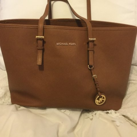 b86f60ec5911 Genuine MK large tote bag - Have a new bag so looking for a - Depop