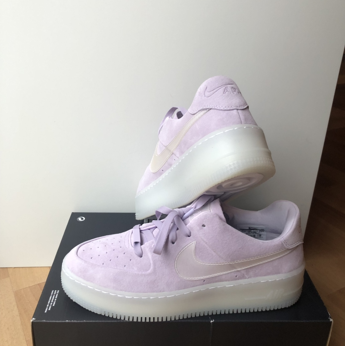 Nike AF1 Air Force 1 Sage Low LX AR5409 500 Violet