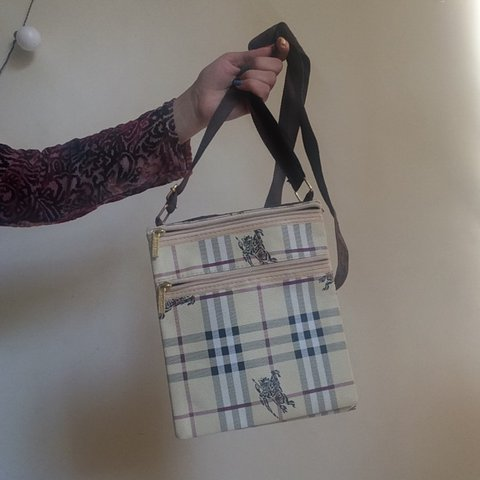 34f36f3a85 @florenceeve. 2 years ago. United Kingdom. Vintage Burberry nova check  shoulder bag / handbag ...