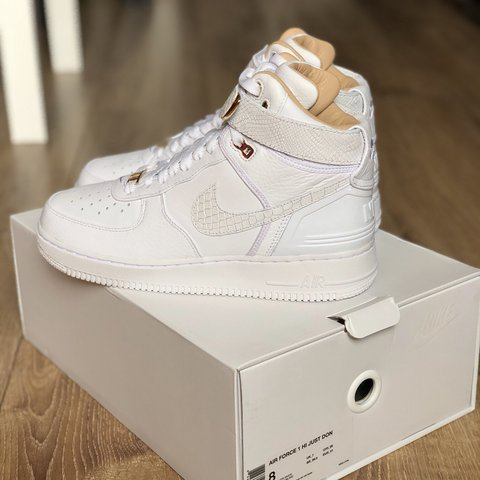 hot sales 1e3d6 7cd2a Chicago Don C x Nike- 0