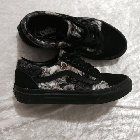 sold on Mercari    🌸 Floral Velvet Old Skool Vans 🌸 I I - Depop ab1d8c5dd