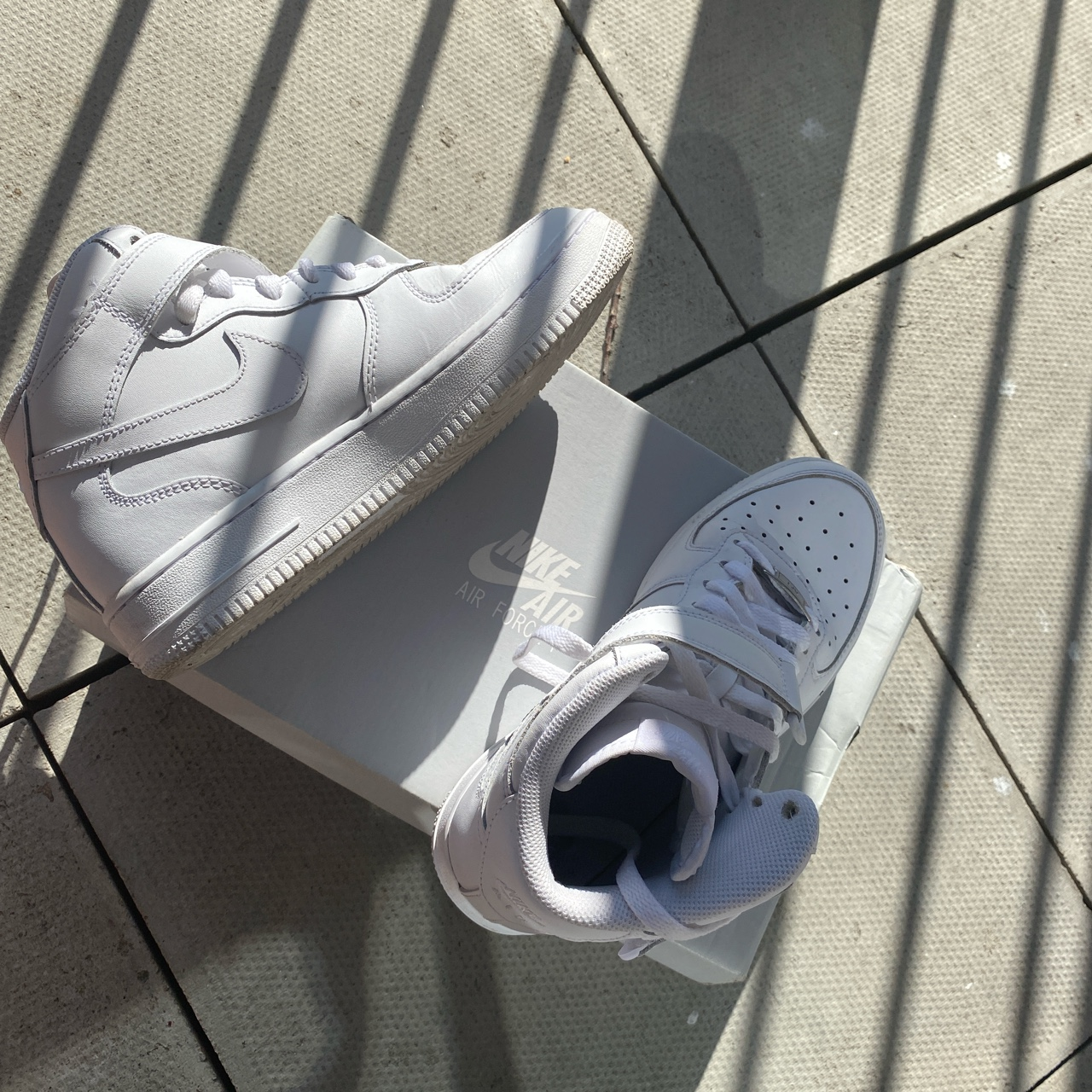 Nike Air Force 1 mid White Used Size 5