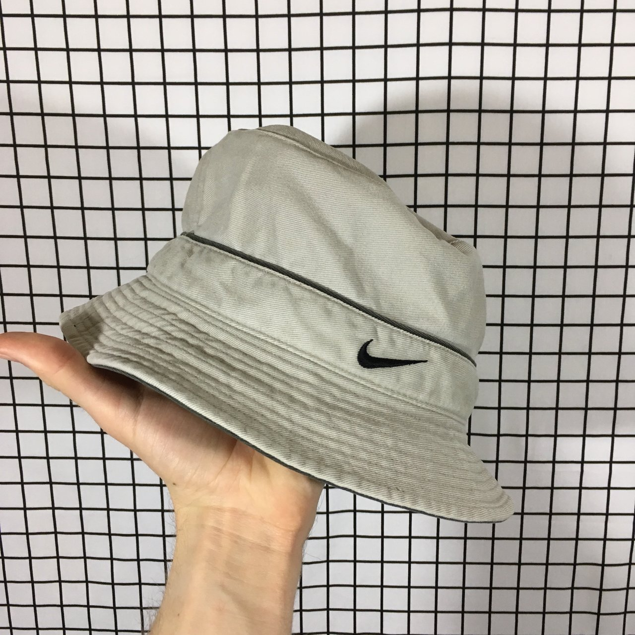 Women s Nike Beige Bucket Hat Labelled size L  would also no - Depop bb531dad1