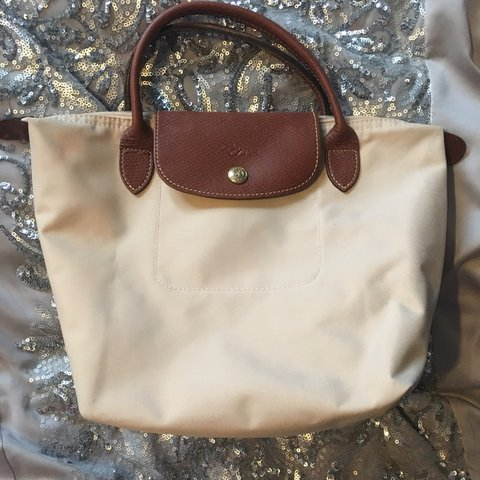 fb0e2e52843f Longchamp Le Pliage small bag in beige