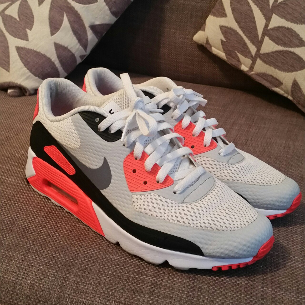 190a979601ff3e Nike air max 90 ultra  infrared  - Uk9 - previously worn - - Depop