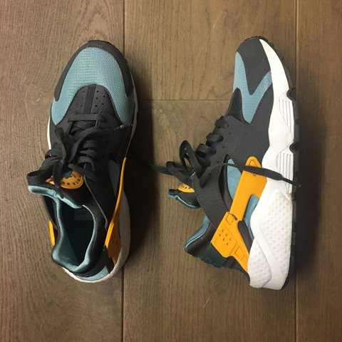 sale retailer 0e30f a9a17 dailymovement. 4 years ago. Amsterdam, Netherlands. Nike Air Huarache Teal   Orange.