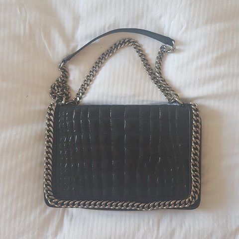 130adb0d9aa ZARA leather chain bag - excellent condition apart from the - Depop
