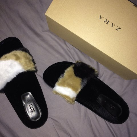 4f34ddc5cbd ZARA Faux Fur Slides. SIZE  40  UK 7. GREAT CONDITION