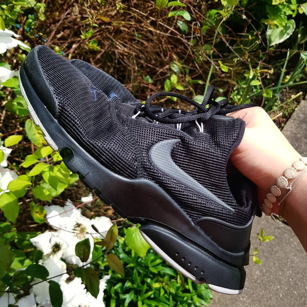 super popular 3c77c c87a9 Nike Presto Fly Size 6 trainers in the black and... - Depop