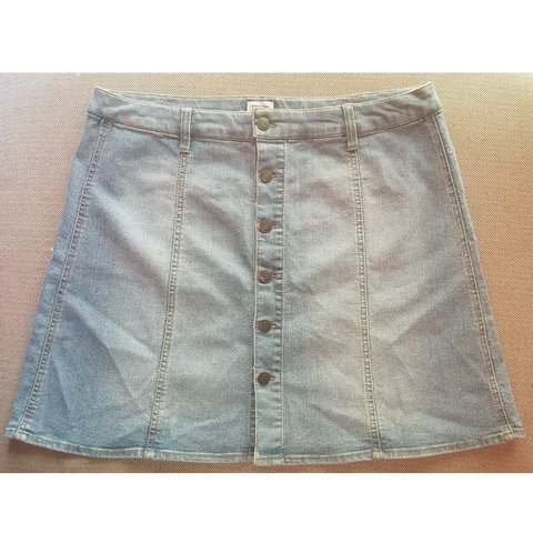 Size 16 Denim Skirt With Front Buttons Women's Clothing