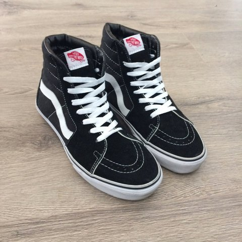 3c318cc958 Vans SK8 Hi s Classic Hi Top Trainers Black   White   3-4 UK - Depop