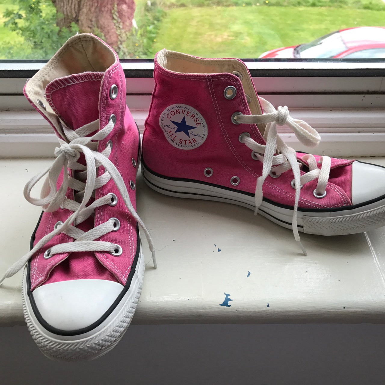 d60d168b9a29a5 Pink high top converse size 5 in great condition  converse - Depop