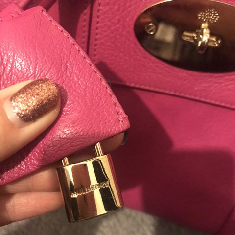 597e656f87b5 100% authentic hot pink mulberry bag. Used. No rips or Just - Depop