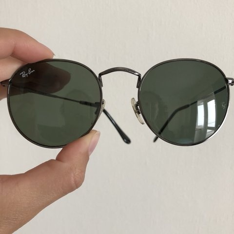 6a8704f202 Ray Ban round sunglasses with black lens and black gunmetal - Depop