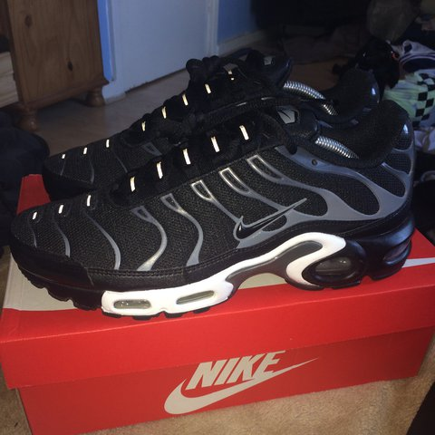 02ea3dfe515c Nike tns air max plus brand new in box with original receipt - Depop