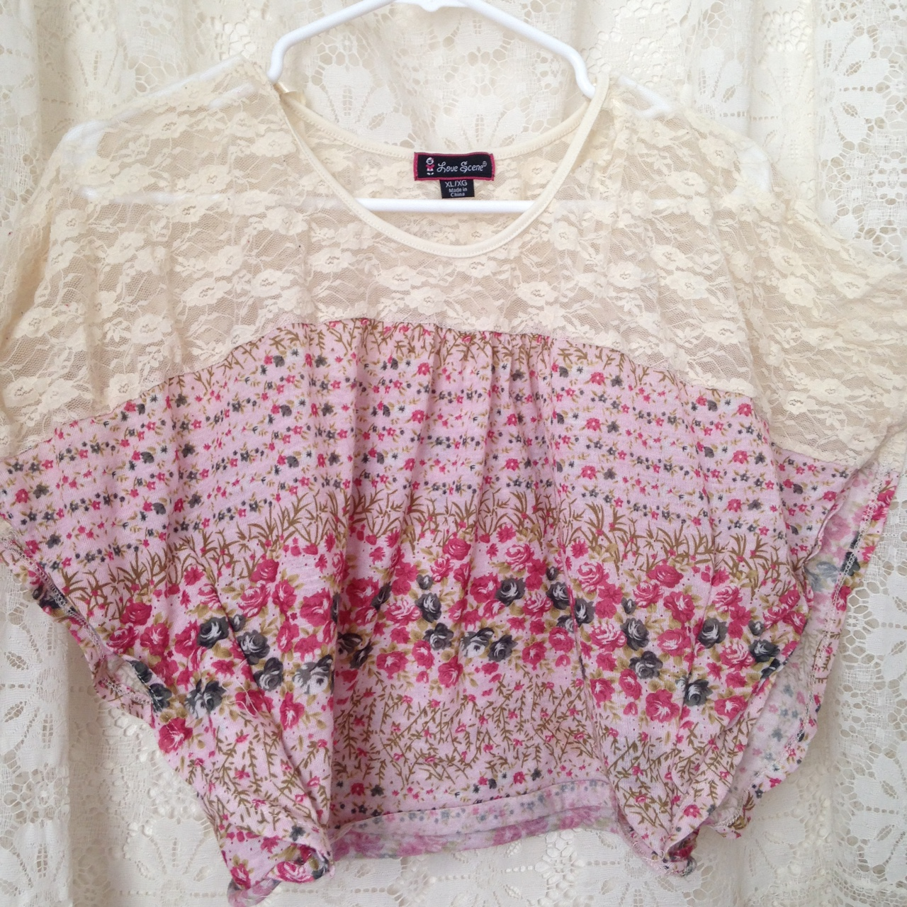Pink And Cream Tumblr Floral And Lace Batwing Crop Depop