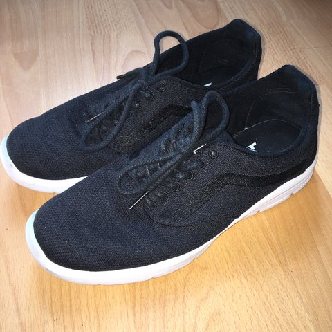 4f1d3d989b black vans trainers size 6 with ultracush sole have been for - Depop
