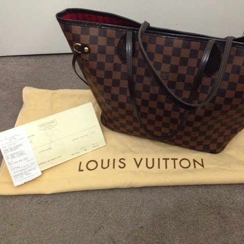 0c8591e91e0f Pre-owned   Pre-loved Louis Vuitton Neverfull Tote Bag in - Depop