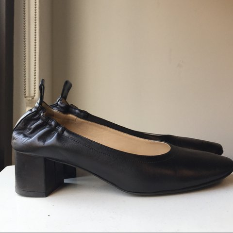 233e6e190db Everlane The Day Heel in Black leather