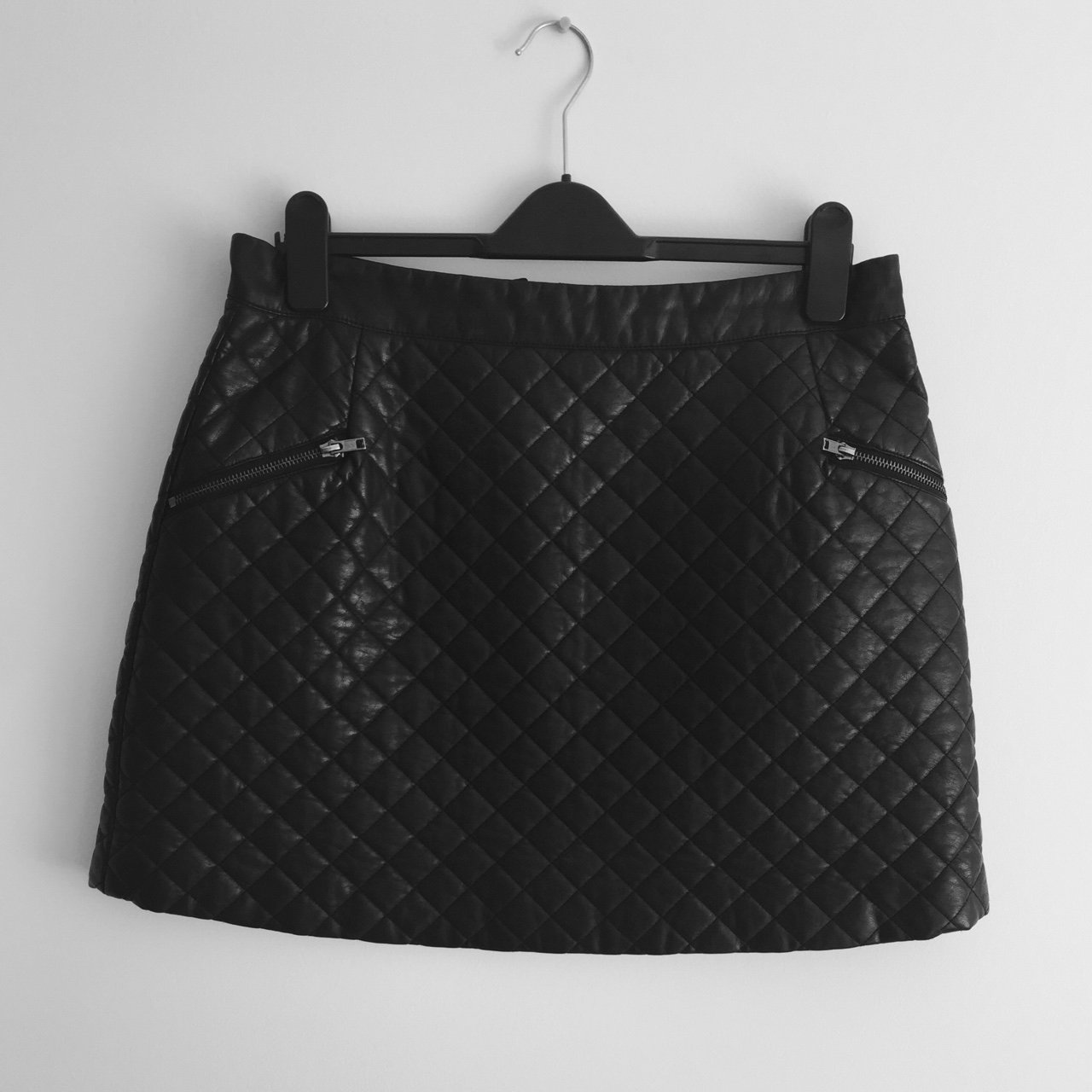 2fcfc11e2 Padded, leather skirt from Topshop. Perfect for making an - - Depop