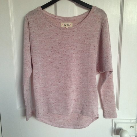d3c580c2572307 Very nice pink speckled jumper from New look, sleeves are to - Depop