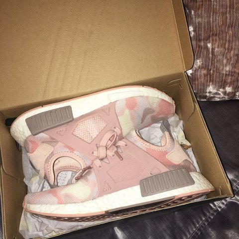 6be81178d REDUCED Adidas nmd xr1 pink duck camo trainers