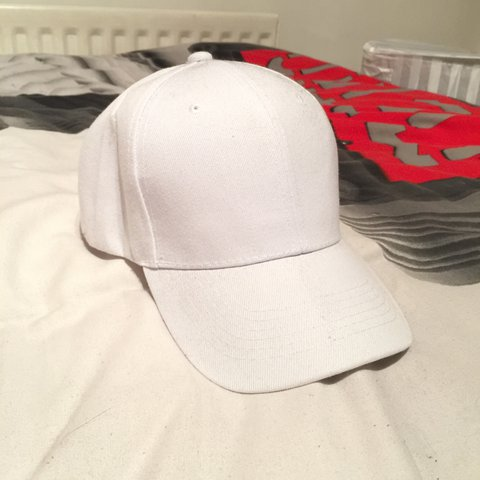 e441ac607f7 BRAND NEW never worn trucker style cap. 10 10 condition in a - Depop
