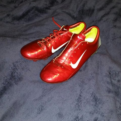 63799527a @jordcollings. 4 years ago. Slough, United Kingdom. Nike mercurial vapor  iii 2006 retro vintage old school football boots extremely RARE size 10