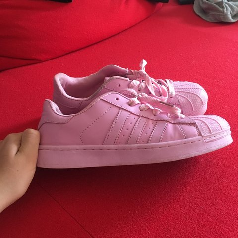 fa0e99e961c9 Personalised adidas baby pink superstars size 6.5 but fit a - Depop