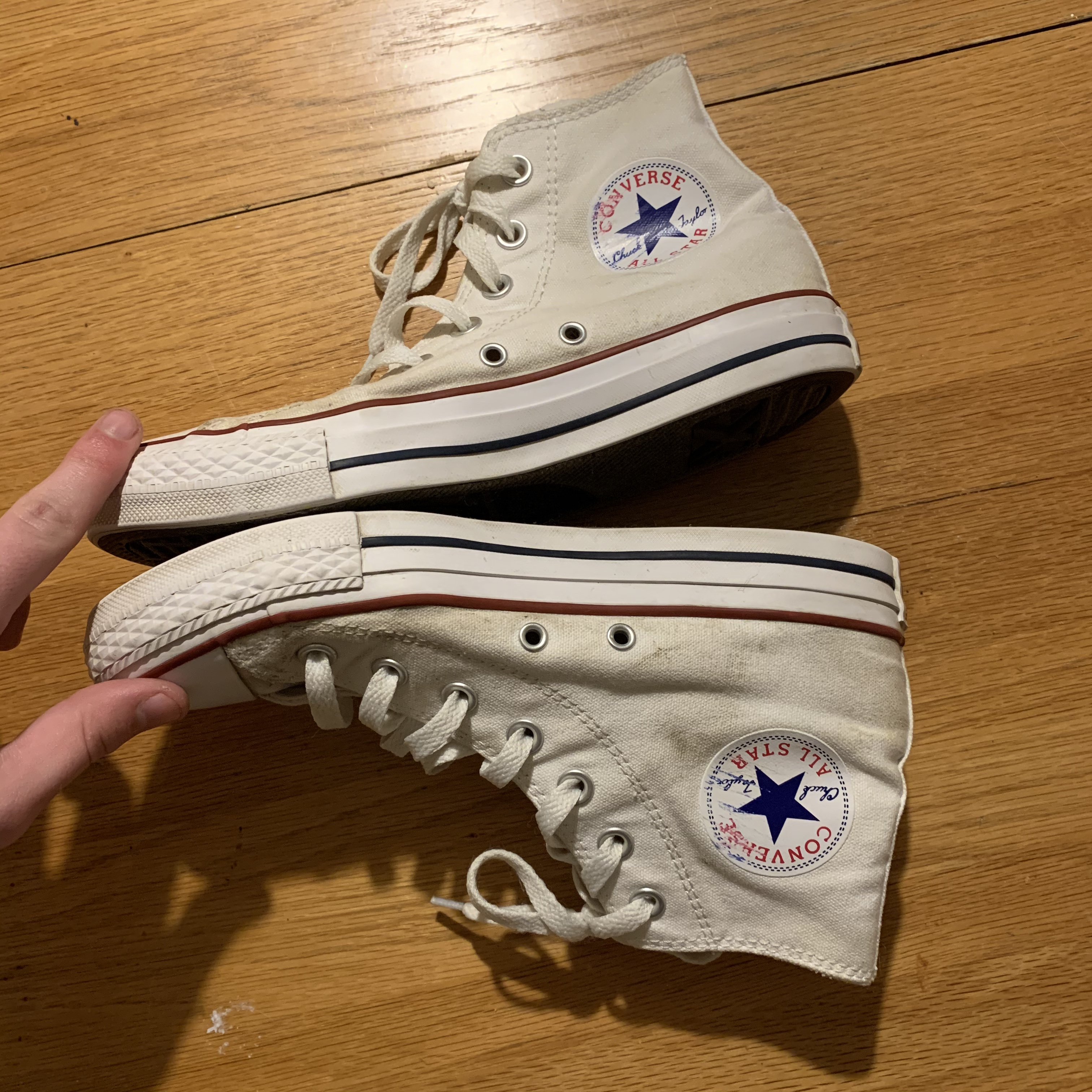 white high top converse size 7 in