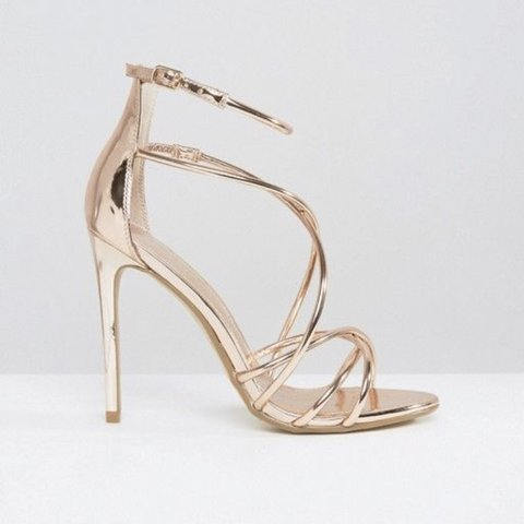 b3a50cce332c Office size 5 rose gold metallic strappy high heeled Worn in - Depop