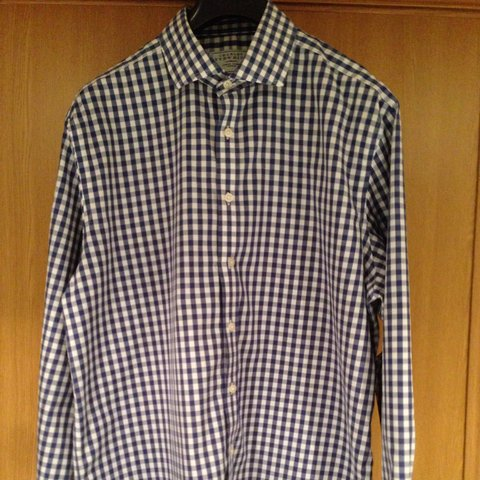 aafb5316 @clarsen26. 4 years ago. London, United Kingdom. Great condition Charles  Tyrwhitt shirt.