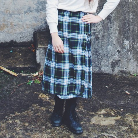 1623628090f2 @happydais. 3 years ago. London, UK. Vintage plaid wool midi skirt ...