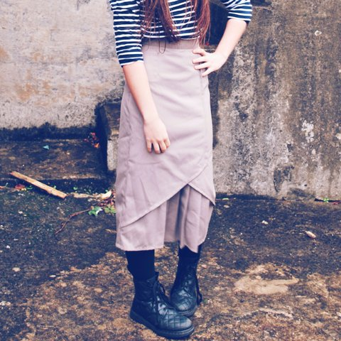 8fd121e6b5ef @happydais. 4 years ago. London, UK. Vintage 70s wool midi skirt ...