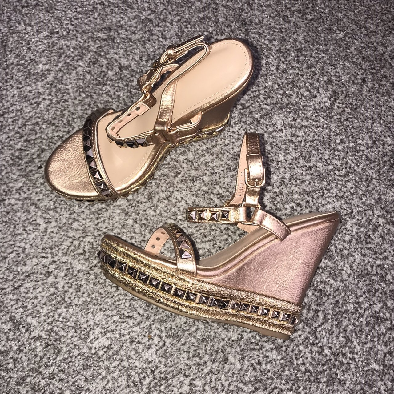 0eab4a17242 Rose gold heeled sandals • Size 5 • brand new • Price Uk • x - Depop